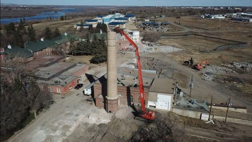 Smokestack / Chimney Old Saskatchewan Hospital, North Battleford, SK